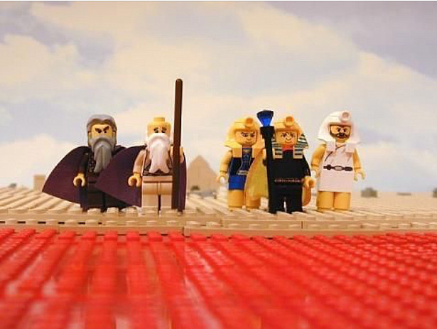 LEGO Plague: Nile turns to blood