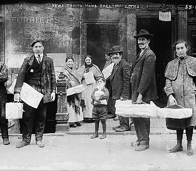 Historic Image of New York Jews Taking Home Free Matzohs