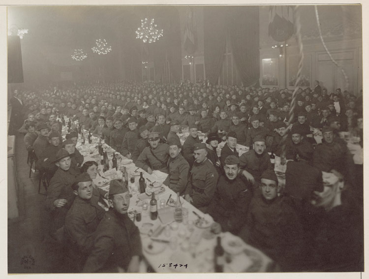 "The ""First Passover Seder Dinner"" given by the Jewish Welfare Board in 1919"